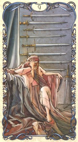 慕夏塔罗牌这款特别版,特地将当时包装的复古感呈现出来,也让我们回忆